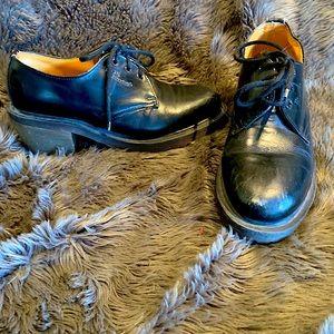 Vintage Women's Dr. Martens Sz 6.5 Black w/heel
